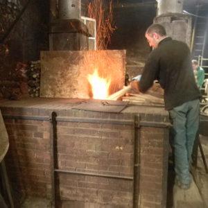 mise en chauffe du métal avec le four réverbert